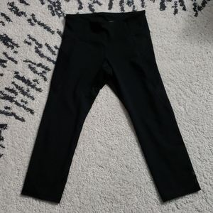 Like New Lld Navy Elevate Compression Crop